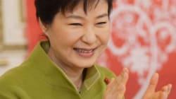 청와대 측이 '어버이연합 청와대 배후설' 시사저널에 대해 보인