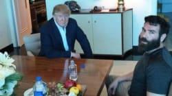 Όταν έχεις τέτοιους φίλους, τι τους θέλεις τους εχθρούς: Ο Donald Trump μαζί με τον Dan