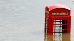 Royaume-Uni: des centaines de personnes évacuées à la suite