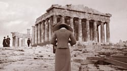 Μια νέα έκθεση φωτογραφίας μας ξεναγεί στα υπέροχα ερείπια των Αθηνών, από τον 19ο στον 20ο