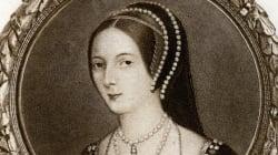 25 Ιανουαρίου 1533: Όταν ο Ερρίκος ο 8ος παντρεύτηκε την Άννα Μπολέιν, οριστικοποιώντας το σχίσμα με την Καθολική