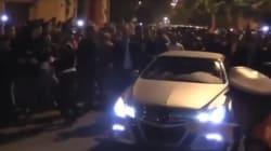 Bain de foule impressionnant pour Mohammed VI dans les rues de Laâyoune