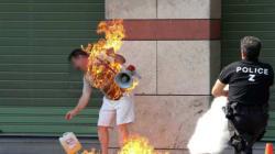 Un Marocain s'immole par le feu en