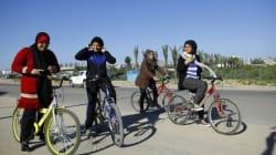 A Gaza, quatre femmes à vélo bravent les interdits et font souffler un petit vent de
