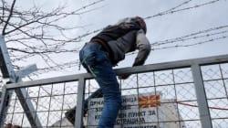 Στα Διαβατά θα οδηγούνται τα λεωφορεία με τους πρόσφυγες από την Αθήνα - Ολοκληρώθηκε η επιχείρηση εκκένωσης στην