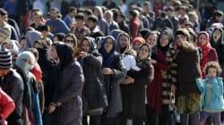 Στους 20.000 οι πρόσφυγες που έχουν εγκλωβιστεί στην