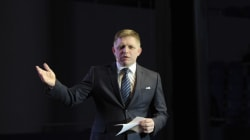 Προς την ακροδεξιά στρέφεται ο Σλοβάκος πρωθυπουργός Φίτσο ενόψει των εκλογών του