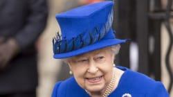 To Μπάκιγχαμ διαψεύδει δημοσίευμα ότι η Βασίλισσα στηρίζει το