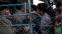 42.000 οι πρόσφυγες που έχουν εγκλωβιστεί στη χώρα