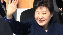 탄핵당한 노무현, 무사한(?)