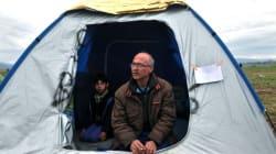 Σύριος στην Ειδομένη κάνει απεργία πείνας για να τον αφήσουν να πάει στην ετοιμοθάνατη γυναίκα του στην