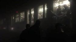 Les images des passagers du métro évacués dans les