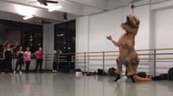 Vous n'avez jamais vu un T-Rex danser comme