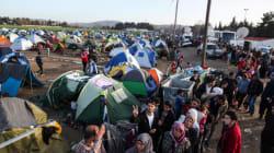 Οι ψευδείς φήμες αυξάνουν τους πρόσφυγες στην Ειδομένη. Φεύγουν με λεωφορείο, επιστρέφουν με