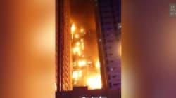 Deux tours aux Émirats ravagées par les