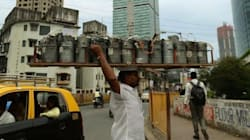 Mumbai's Dabbawalas Are Now Delivering E-Commerce