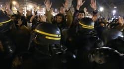 Για τρίτη νύχτα υπό κατάληψη η πλατεία Δημοκρατίας στο Παρίσι κόντρα στην εργασιακή