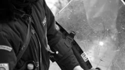 Βόμβες μολότοφ κατά διμοιρίας των ΜΑΤ, έξω από το τουρκικό προξενείο στη