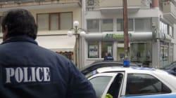 Πώς επίορκοι αστυνομικοί έφερναν όπλα από την Κρήτη με παραλήπτη ομογενή από τη