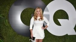 Το περιοδικό Glamour έκανε την Amy Schumer υπέρβαρη με το
