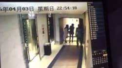 Σάλος με βίντεο που δείχνει γυναίκα να κακοποιείται σε διάδρομο ξενοδοχείου μπροστά στα μάτια