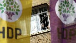 «Κερδίζει» τη Βουλή η τουρκική κυβέρνηση για την άρση ασυλίας βουλευτών. Άμεσος κίνδυνο για το φιλοκουρδικό