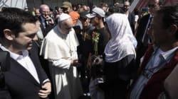 Μαζί με 12 πρόσφυγες αναχώρησε από τη Μυτιλήνη ο Πάπας. Ποιοι είναι οι τυχεροί που θα ταξιδέψουν μαζί