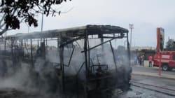 À Casablanca, un bus a été entièrement ravagé par le feu