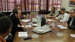 Τηλεφώνημα Κουτσούμπα σε Τσίπρα για τα προβλήματα των εργαζομένων στην