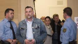 Άρχισε η δίκη του ιδρυτή του γερμανικού ακροδεξιού PEGIDA. Είχε αποκαλέσει τους πρόσφυγες