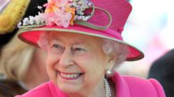 La reine d'Angleterre Elizabeth II a bien failli être abattue... par un de ses propres