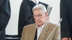 Συνεχίζεται η δίκη πρώην φύλακα των Ναζί στο στρατόπεδο συγκέντρωσης του