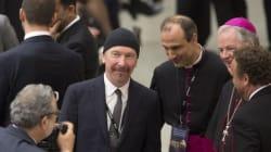 Ιστορική συναυλία: Ο Edge των U2 τραγούδησε μέσα στη συγκλονιστική αίθουσα της Καπέλα