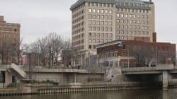 Obama à Flint, terre de scandale sanitaire et d'injustices