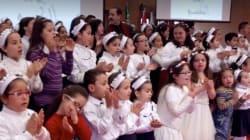 Découvrez l'ode à la différence du chanteur tunisien Lotfi Bouchenak à travers une chanson avec les enfants trisomiques