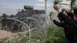 Ειδομένη: Οι τρύπες στον φράκτη, τα κυκλώματα και οι μετανάστες δύο
