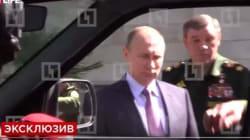 Κάποιοι θα κάνουν σκοπιές στη Σιβηρία: Χερούλι τζιπ ξεκόλλησε σε επιθεώρηση από τον