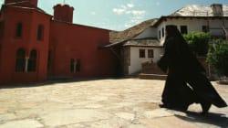 Το άβατο του Αγίου Όρους: Από πού πηγάζει και ποιες είναι οι γυναίκες που το