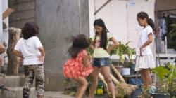 Πώς η βιομηχανία παιδικής πορνογραφίας στις Φιλιππίνες μετατράπηκε σε «οικογενειακή