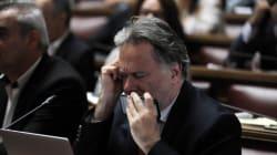 Κατρούγκαλος: Δεν έχει τεθεί θέμα για τον 13ο και τον 14ο