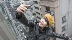 24 δισεκατομμύρια selfie σε ένα χρόνο αποδεικνύουν πως έχουμε εμμονή με τις φωτογραφίες του εαυτού
