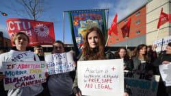 Παραβίαση των ανθρωπίνων δικαιωμάτων η αυστηρή νομοθεσία για τις αμβλώσεις στην