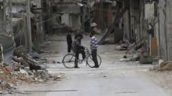 Syrie: entrée d'un premier convoi d'aide alimentaire à Daraya assiégée depuis