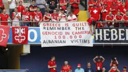 ΥΠΕΞ: Η Αλβανία δεν έχει αντιληφθεί ότι πρέπει να καταδικαστεί το πανό. Θα φροντίσουμε να το