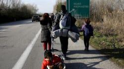 Εκκενώνεται ο καταυλισμός προσφύγων στο Πολύκαστρο: Αναχώρησαν τα πρώτα