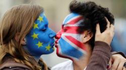 Χωρίς exit polls, με αβέβαιo αποτέλεσμα και τους Ευρωπαίους στα κάγκελα οι Βρετανοί