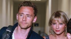 Ο Tom Hiddleston μιλά (περίπου) για πρώτη φορά για την Taylor Swift στο πιο άβολο βίντεο που θα δείτε