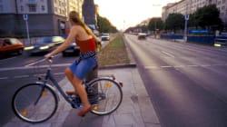 Radfahrer sollten nicht an roten Ampeln halten - Autos auch