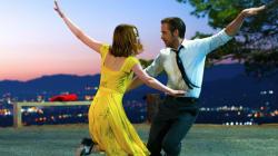 «La La Land»: Ο Ryan Gosling ερωτεύεται την Emma Stone στο πιο ονειρικό trailer που έχετε