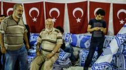 Ο Ερντογάν καλεί σε προσευχή από το τέμενος του προεδρικού